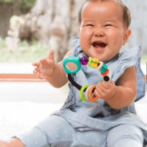 רעשן לתינוק עם מראה קטנה – infantino