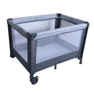 לול קמפינג SIMPLY לתינוק עם כילה מבית בייבי סייף BabySafe – אפור