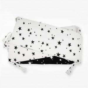 סט מצעים למיטת תינוק – מיננה – שחור כוכבים